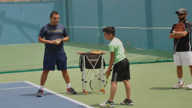 How private tennis lessons helps to enhance your tennis skills